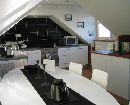 Springtide kitchen